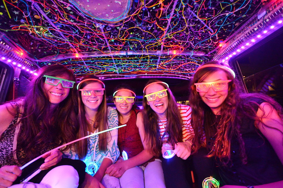 Rent a Limo For Sweet 16 - De Luxe Banquet Hall