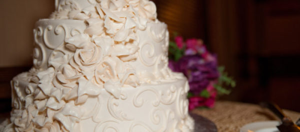How To Craft The Perfect Wedding Cake: Tips & Advice