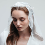 wedding-veil-with-tiara