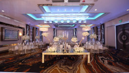 De Luxe Ballroom Photo - 2