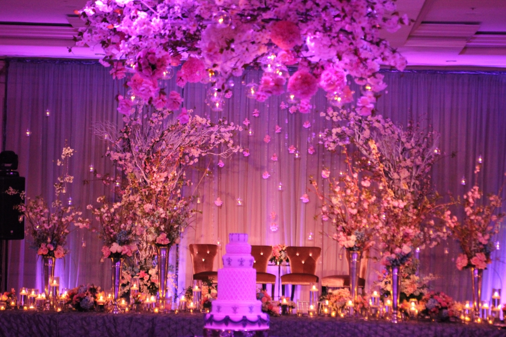 Los angeles wedding venue reception hall de luxe for Different types of wedding decorations