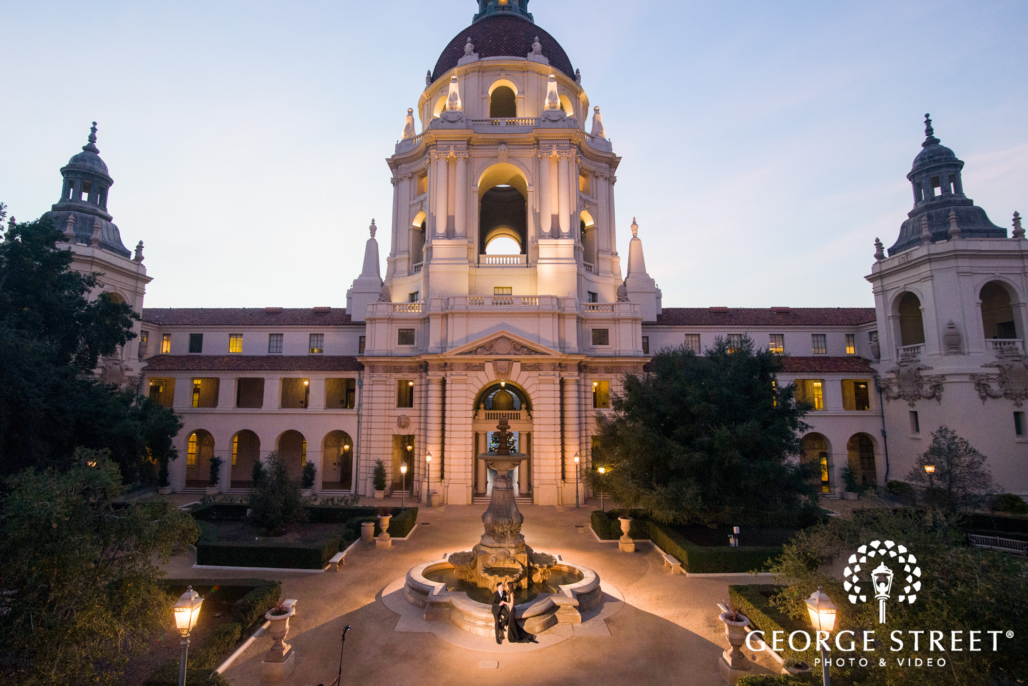 pasadena city hall - engagement photo locations