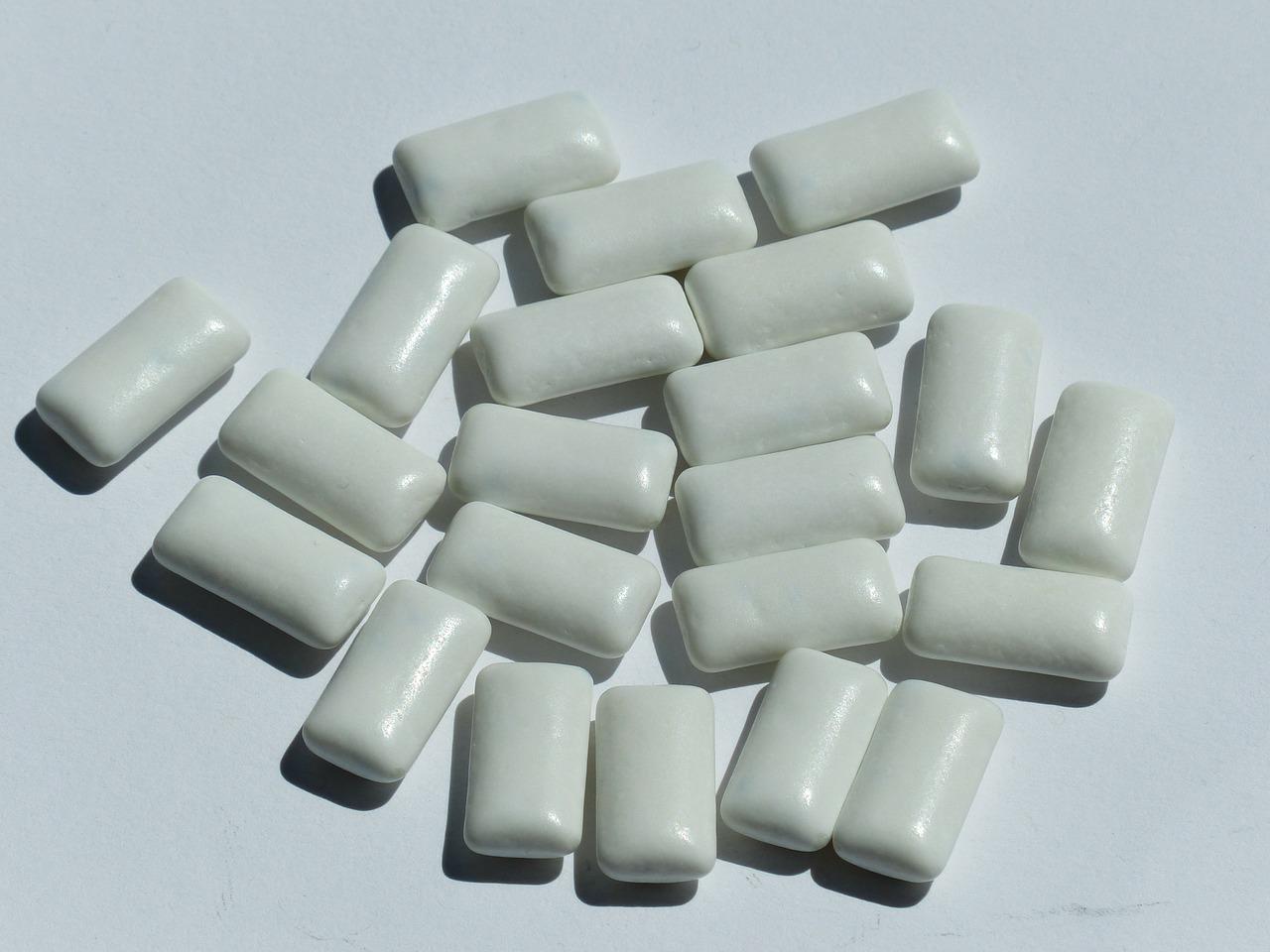 gum - wedding day emergency kit