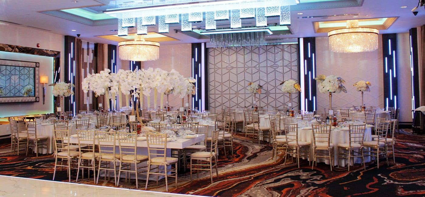 De Luxe Ballroom