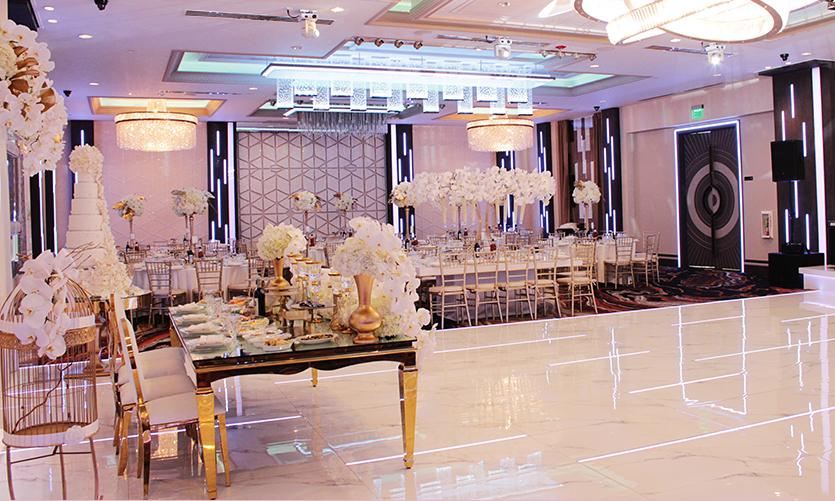 De Luxe Banquet Hall - Customize Venue